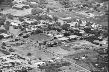 Aerial photograph 1948/49. Addition to Hemenway Hall is nearly finished; construction of Bachman Hall has just begun. (University Archives Photograph OURD 242A)