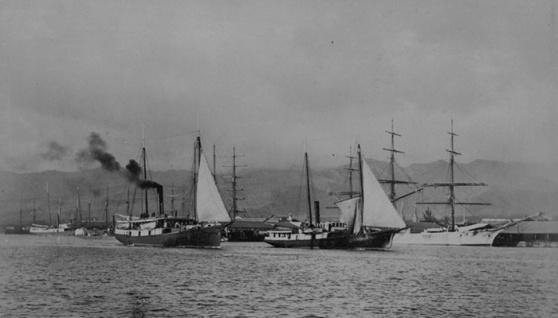 Honolulu-harbor-1885