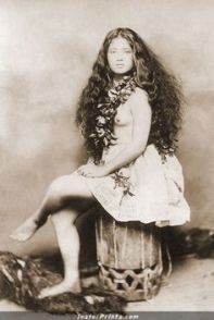 Native Tahitians